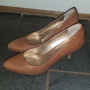 DKNY brown faux snake skin heals